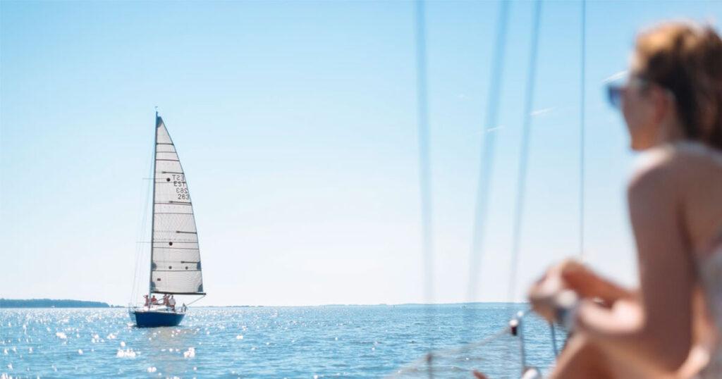 People enjoying their sailing day.
